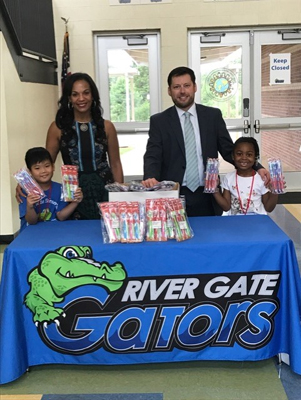 Help for Houston  River Gate ES.jpg